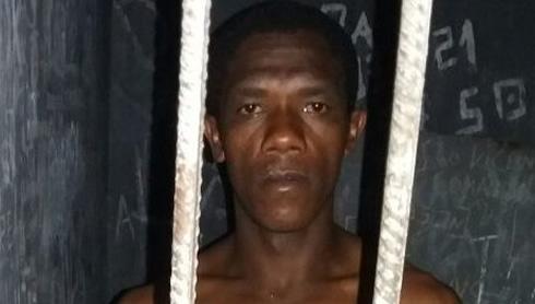 Rodrigo foi preso por furto em loja de roupas em Campinorte (Foto: Polícia Militar)