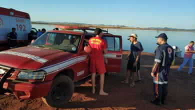 Com apenas um mergulhador, bombeiros realizaram buscas que foram suspensas no início da noite (Foto: CIBM)