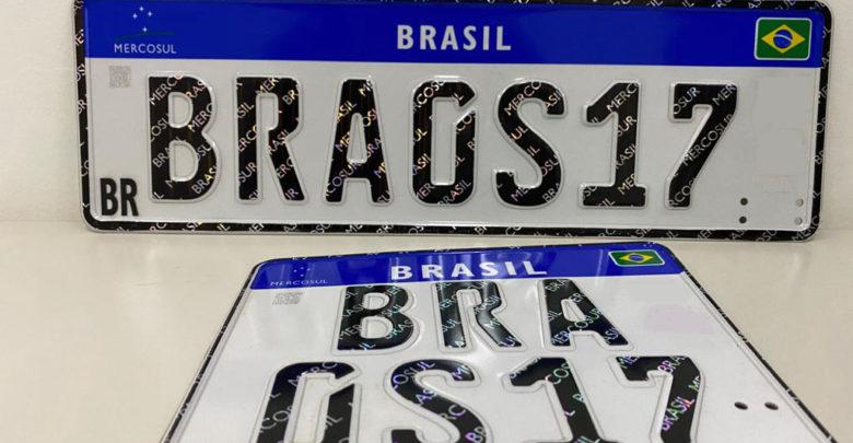 PADRÃO MERCOSUL - Nova placa apresentam quatro letras e três números, sequência de identificação diferente do modelo atual, e que possibilita número maior de combinações